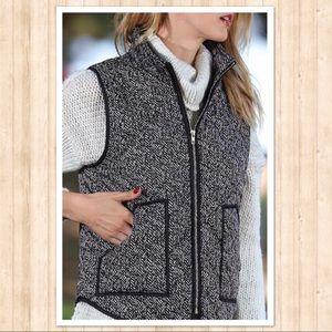 Jackets & Blazers - Herringbone style puffer vest